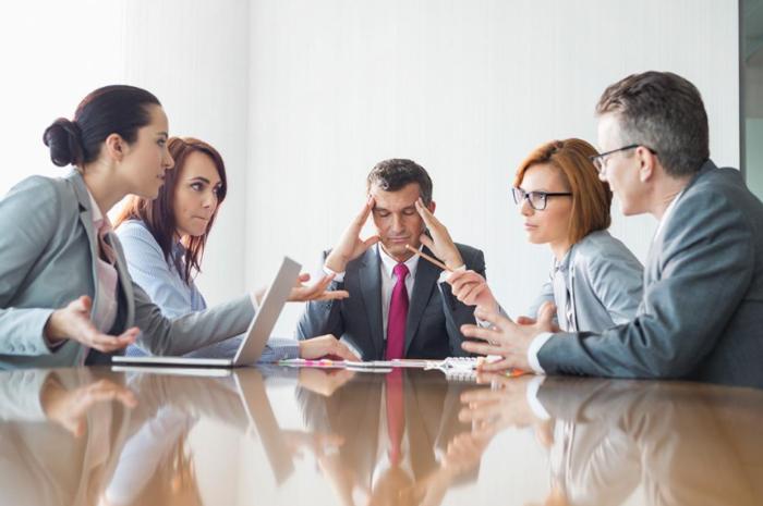 Cu organizatia la psihiatru: Compania Pasiv-Agresiva