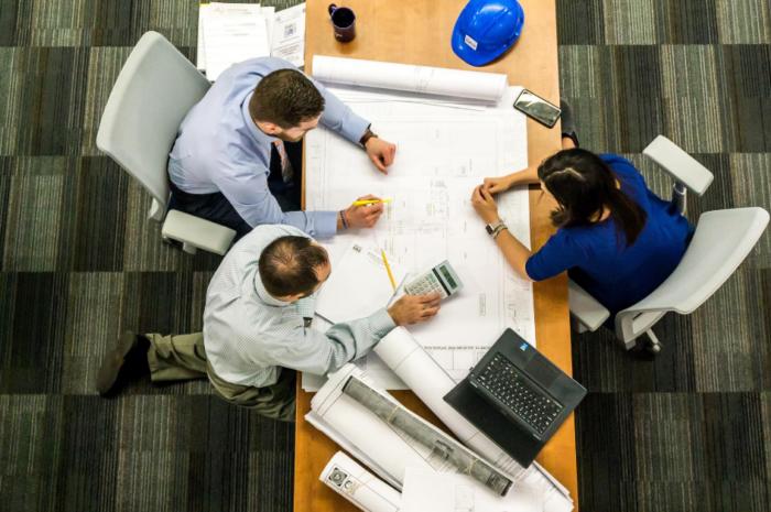 Cum pot fi gestionate eficient cerințele unui proiect?
